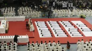 सियोल में नए पादरी बनाए जाने का आयोजन