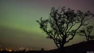 Fenômeno foi visto da Escócia e Irlanda do norte até o País de Gales, no sul