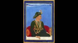 Acervo conta com espadas cravejadas de pedras preciosas e capacetes adornados com ouro do Exército de Tipu Sultan