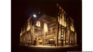 Clorindo Testa. Banco de Londres e da América do Sul.  Buenos Aires, Argentina, 1959-1966. © Archivo Manuel Gomez Piñeiro, cortesia de  Fabio Grementieri