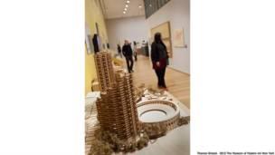 Vista de instalação de 'Latin America in Construction: Architecture 1955-1980' no MoMA, em Nova York.  Foto: Thomas Griesel. © 2015 The Museum of Modern Art, New York