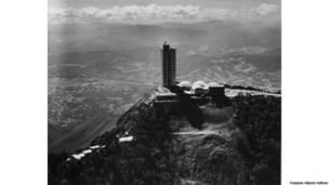 Tomás José Sanabria. Hotel Humboldt, Caracas, Venezuela, 1956. © Fundación Alberto Vollmer