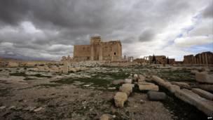 صورة التقطت في 14 مارس/آذار 2014 لمعبد بعل في مدينة تدمر الأثرية، على بعد 215 شمال شرق دمشق. وكالة الأنباء الفرنسية