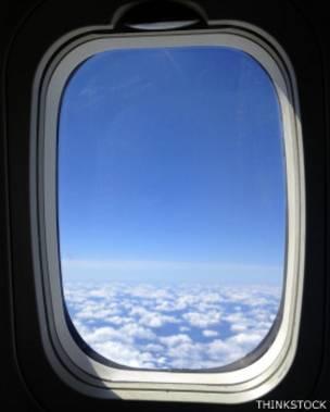 Ventanilla de un avión
