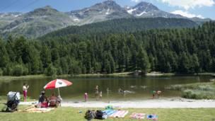 Danau di Swiss