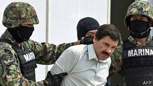 Chapo Guzmán tras ser detenido en febrero de 2014