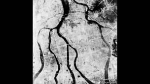 原爆後的廣島鳥瞰圖 / 廣島國會圖書館