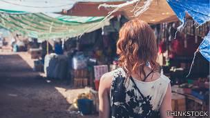 Chica en país en desarrollo