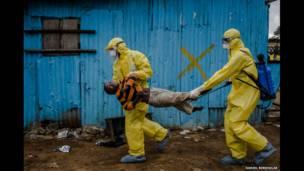 सीन्स फ्रॉम द इबोला क्राइसिस