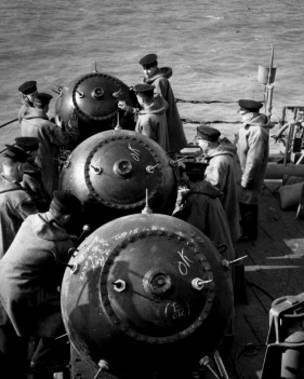 Resultado de imagen para minas navales inglaterra segunda guerra mundia