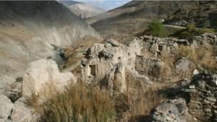 روستایی متروک در دره یغناب