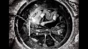 Рабочие под землей, Белал Хоссейн Рана