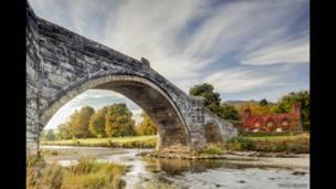 """""""Мост Фаур и речка Конви"""", Северный Уэльс, фото Джулиана Эллиота"""