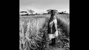 A Bijago girl. Luís Melo / Survival International