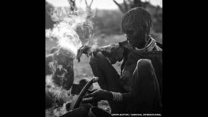 A Hamar woman.  Simon Buxton / Survival International