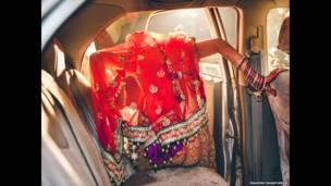 मेट्रीमेनिया की तस्वीर, महेश शंताराम