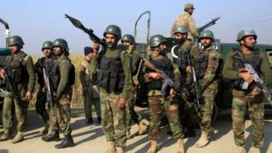 Aparatk keamanan Pakistan
