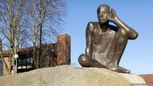 تمثال لـ أنتوني غورملي