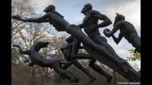 تمثال بان