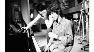 Ронни Вуд и Кит Ричардз в студии, фото Хельмута Ньютона