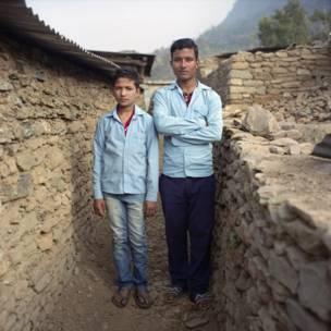 Ranjit Bishokarma e Rakesh Lamicchane. Gideon Mendel / Christian Aid
