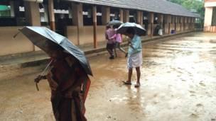 कोच्चि का एक मतदान केंद्र.