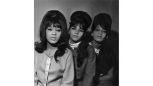 Трио The Ronettes