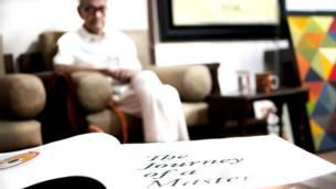 सैयद हैदर रज़ा के चित्रों  ने उन्हें दुनिया भर में ख्याति दिलाई.  (सभी तस्वीरें : प्रीति मान)