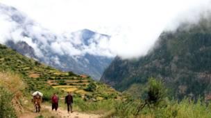 हुम्ला, नेपाल, सदरमुकाम, सिमिकोट, हिमाली क्षेत्र