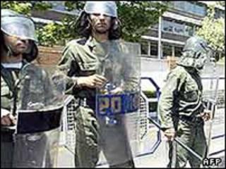 نیروهای امنیتی در اهواز