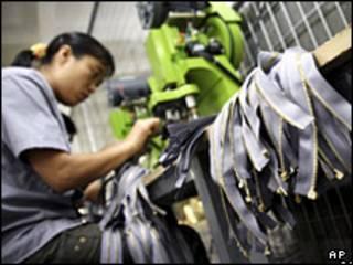 کارخانه نساجی در چین