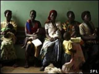 درمانگاه زنان در اوگاندار