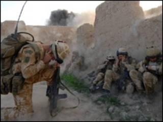 سربازان بریتانیایی در افغانستان