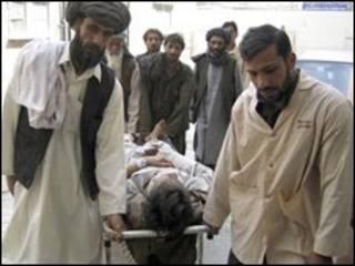 امداد رسانی بعد از زلزله بلوچستان در پاکستان