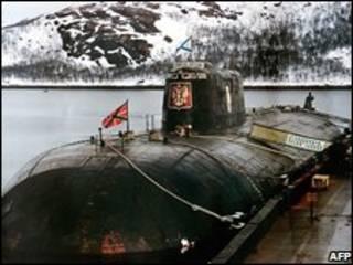 زیردریایی اتمی کورسک که سال 2000 غرق شد