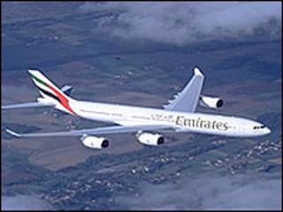 هواپیمای متعلق به شرکت هواپیمایی امارات