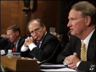 مدیران فورد، کرایسکر و جنرال موتورز در سنای آمریکا