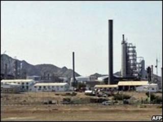 پالایشگاه نفت در عدن در جنوب یمن