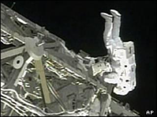تعمیرات در ایستگاه بین المللی فضایی
