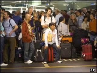 مسافران فرودگاه بانکوک