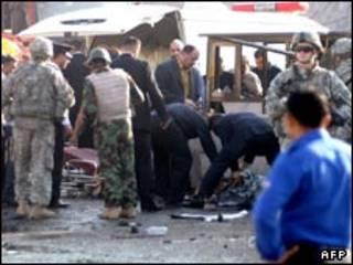 بمبگذاری توسط مهاجم زن
