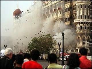 حمله به بمبئی