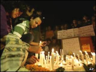 مراسم یادبود کشته شدگان