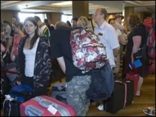 مسافران در فرودگاه تایلند