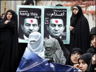 تجمع در برابر دفتر سیاسی مصر در تهران - عکس از فارس