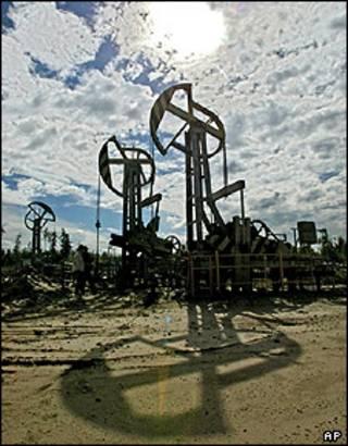 چاه نفت در سیبری