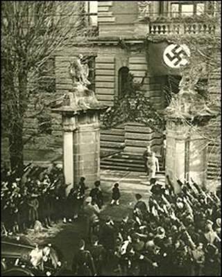 آدولف هیتلر در لینتس