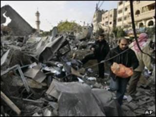 بمباران غزه توسط اسرائیل