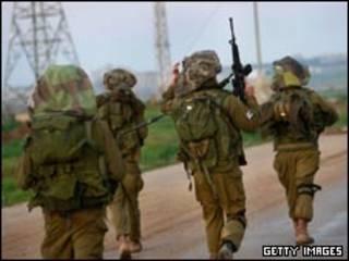 سربازان اسرائیلی غزه را ترک می کنند