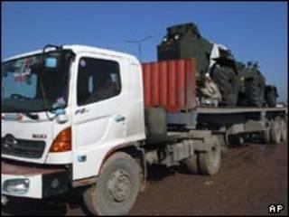 کامیون های ناتو در پاکستان